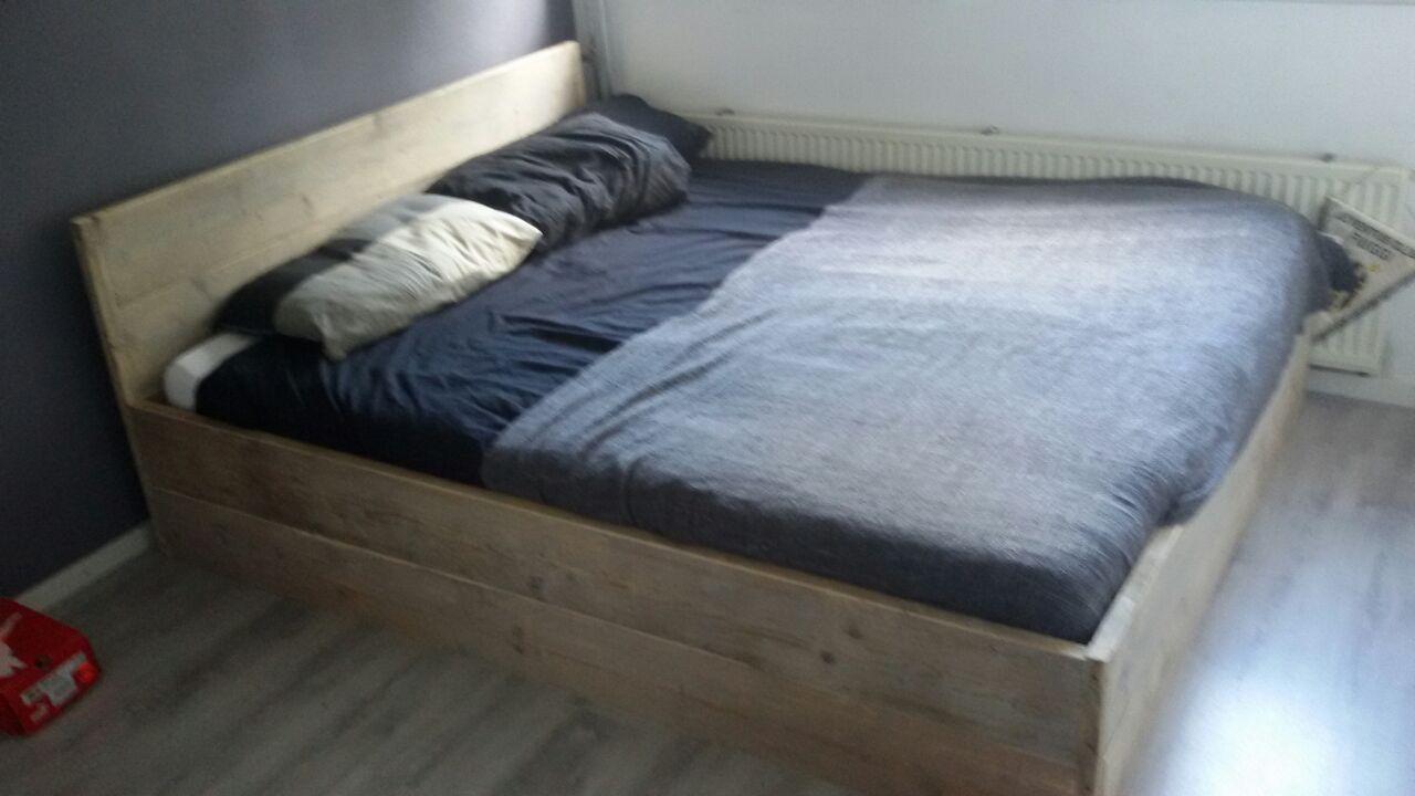 bed oud steiegrhout