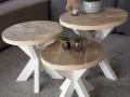 3 tafeltjes met kruispoot