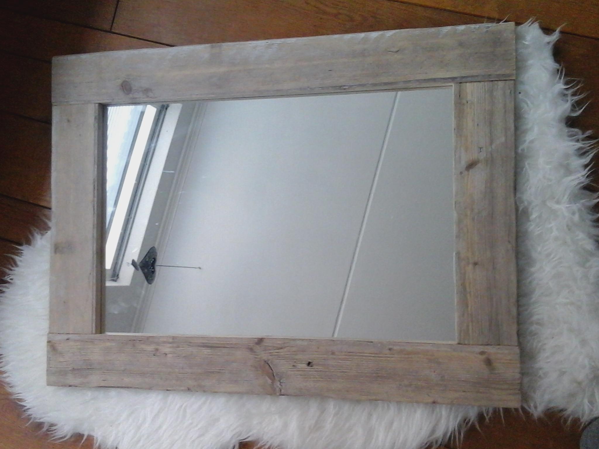 Spiegel Van Steigerhout : Spiegel steigerhout spiegel met steigerhouten lijst