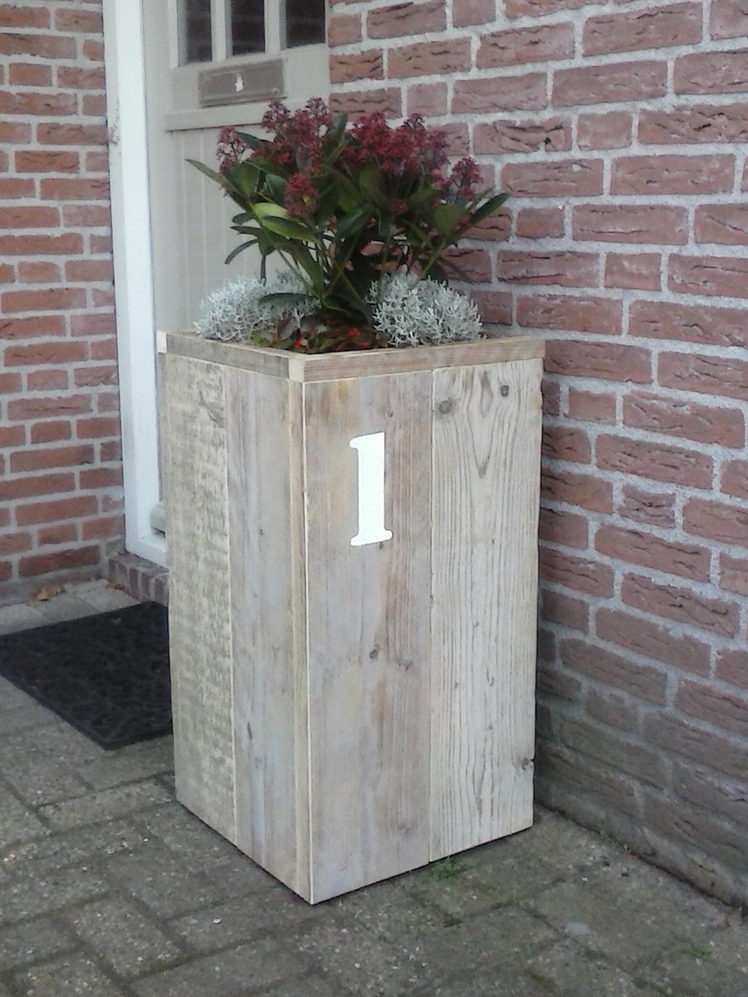bloembak oud steigerhout