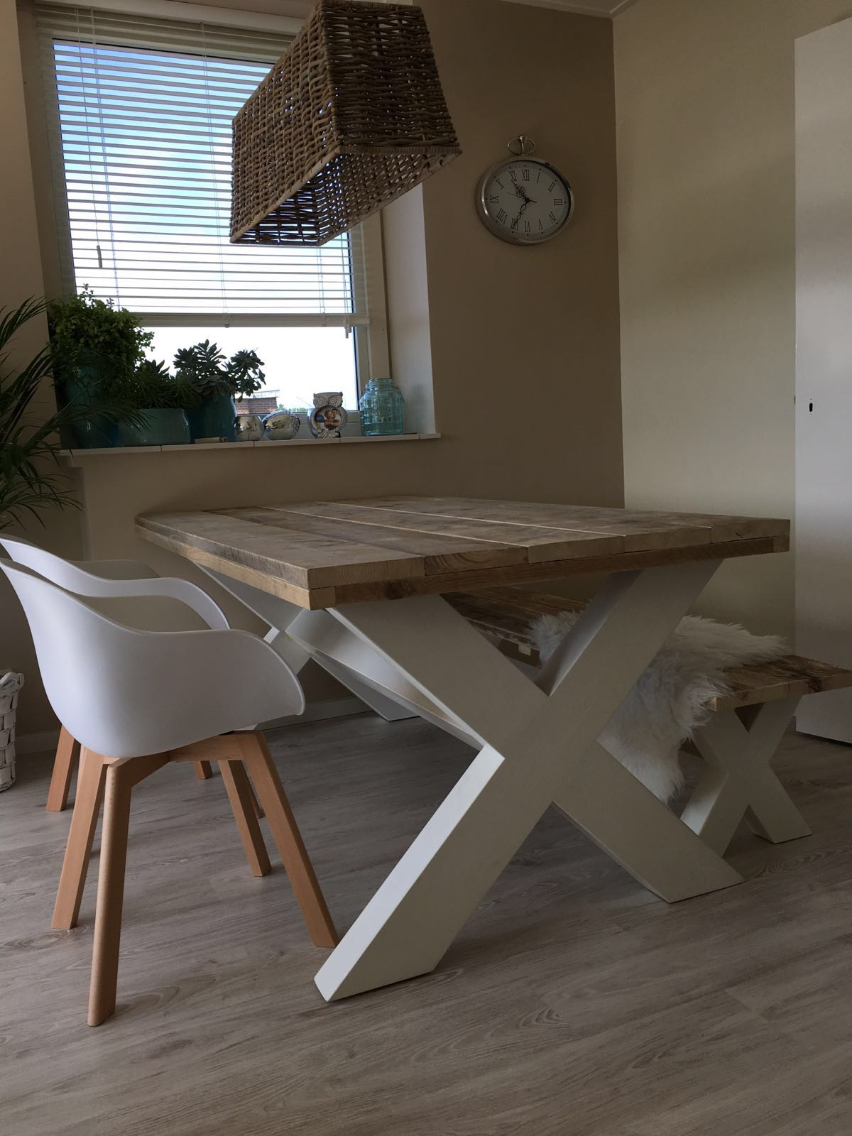 tafel kruispoot wit onderstel